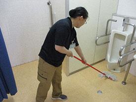 メンテナンス部 日常清掃 床面水拭き清掃